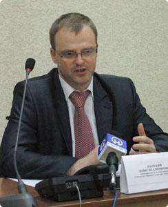 начальник отдела по делам молодёжи Гомельского горисполкома Денис Езерский