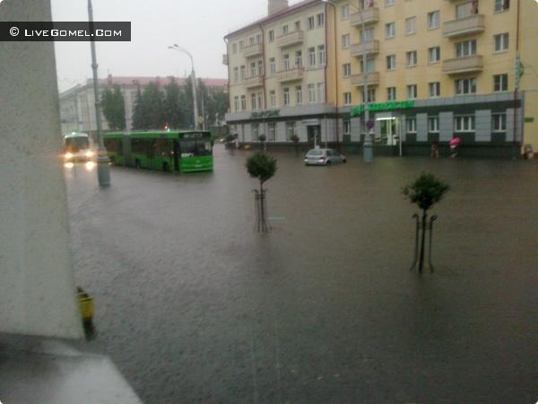 Затопленный Гомель 2012