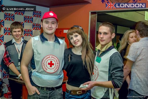 Акция в Жлобине. Красный крест.