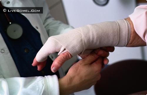 Больничный оплатит виновник травмы