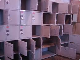 Покупатель лишился крупной суммы денег из-за совпадения ключей к замкам в камерах хранения