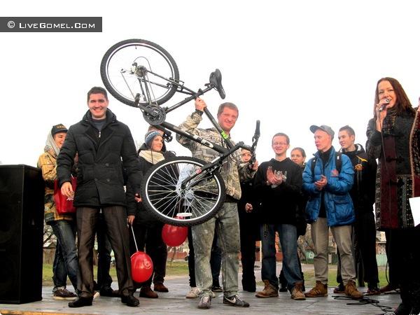 За спортивный сюжет – горный велосипед