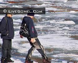 В протоке Волотова двое школьников утонуло, третьего удалось спасти