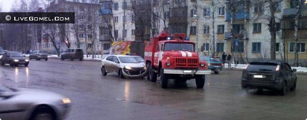 В Гомеле проверили реакцию водителей на проблесковые маячки служебных автомобилей