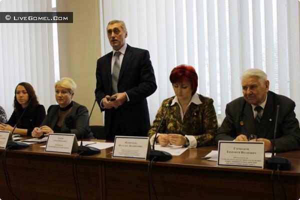 круглый стол на тему «Общественные объединения и их роль в развитии гражданского общества»