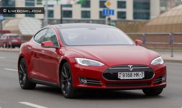 Первый электромобиль Tesla Model S зарегистрирован в Беларуси