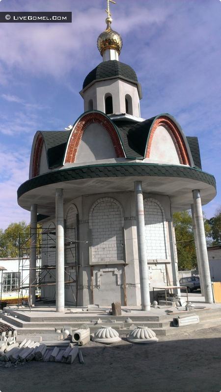 Актив БРСМ БелГУТа оказывает помощь в восстановлении святынь Беларуси