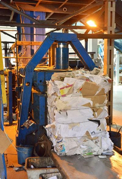 Как в Гомеле из мусора извлекают миллионы рублей