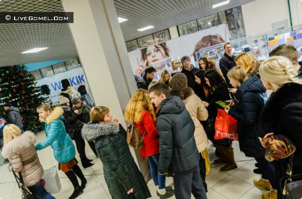 Black Friday в торговом центре «Секрет» в Гомеле,  или 20 тысяч гомельчан в погоне за выгодой
