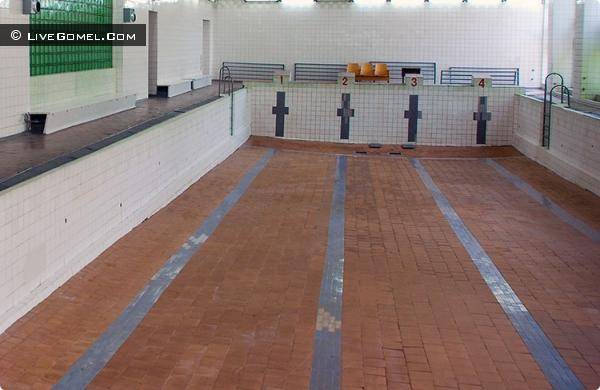 Бассейн в 61-й школе планируем отремонтировать в этом году