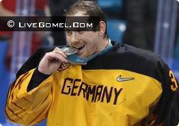 Олимпийская сборная атлетов России по хоккею завоевала золотые медали на Олимпиаде в Пхёнчхане