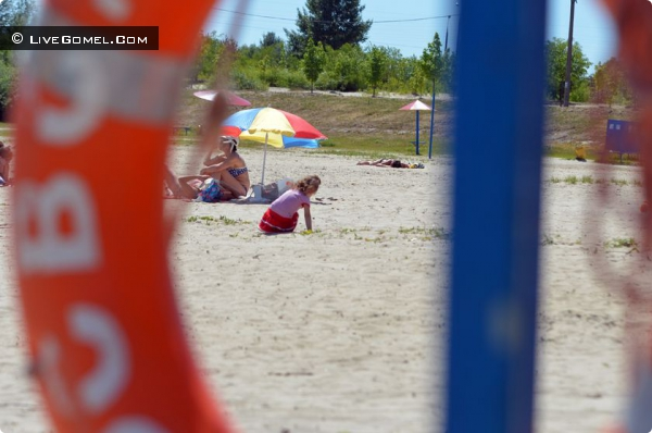 Любенский пляж объявили зоной, свободной от курения, алкоголя и мата