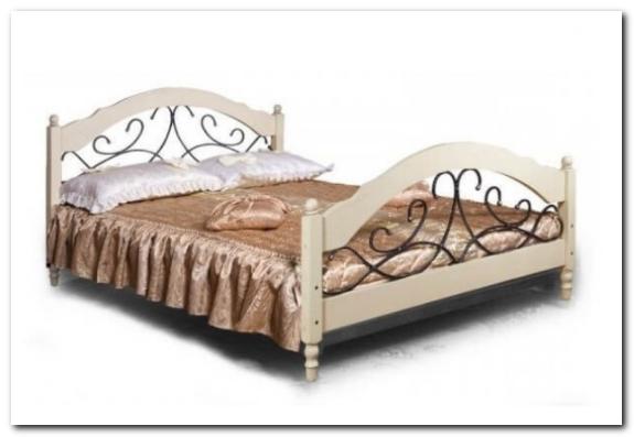 Кровати из дерева от компании ФанДОК