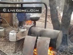 При изготовлении самогона в лесу задержан сельский житель