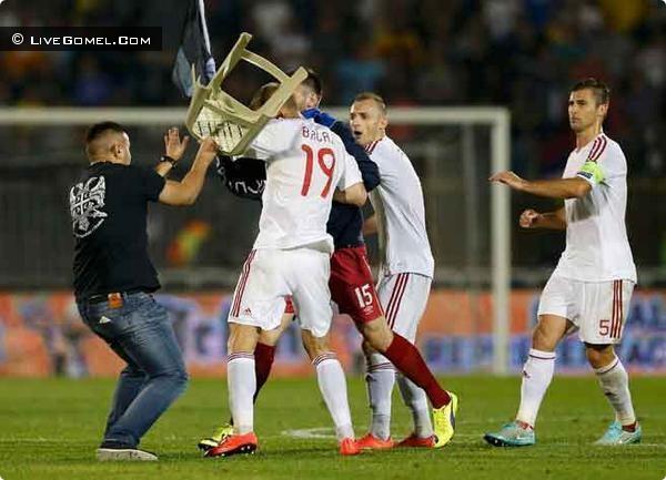 Драка футболистов Сербия-Албания