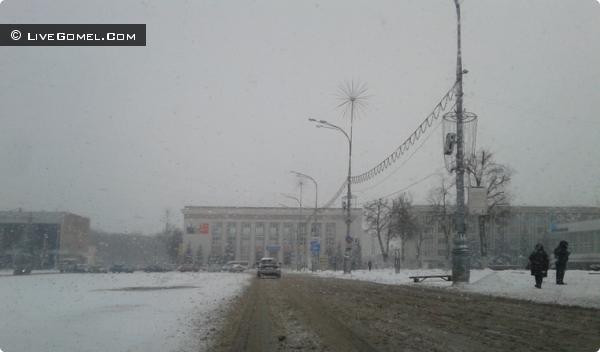 Площадь Ленина в снегу