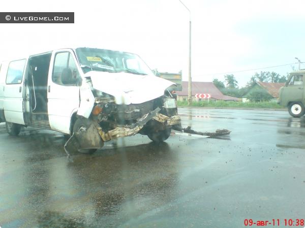 ДТП с маршруткой на въезде в Ерёмино (фото)